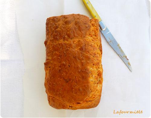 cake-tomates-confites-feta