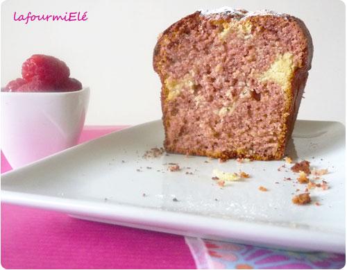 Gâteau marbré à la framboise