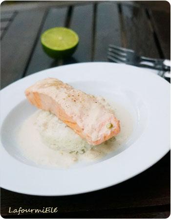 saumon-poché-lait-de-coco-citronelle