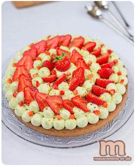23-Tarte-fraises-pistache-par-Macaronnette