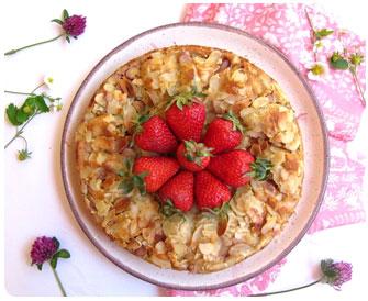 48- Gâteau aux fraises et à la ricotta aux parfums d'amandes et de pistaches