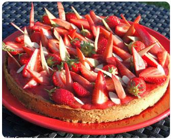 56-Tarte fraises rhubarbe et amandes de Claire Heitzler