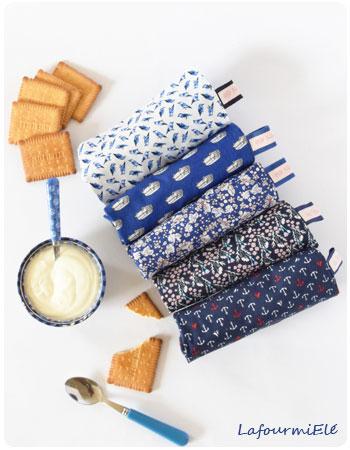 blue-les-serviettes-a-nouettes